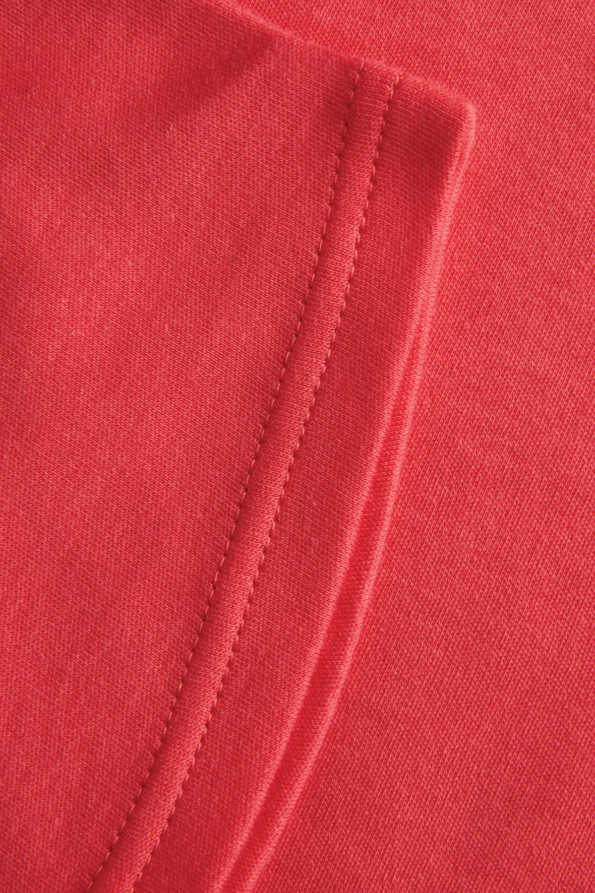 coral girls tshirt seam hem detail