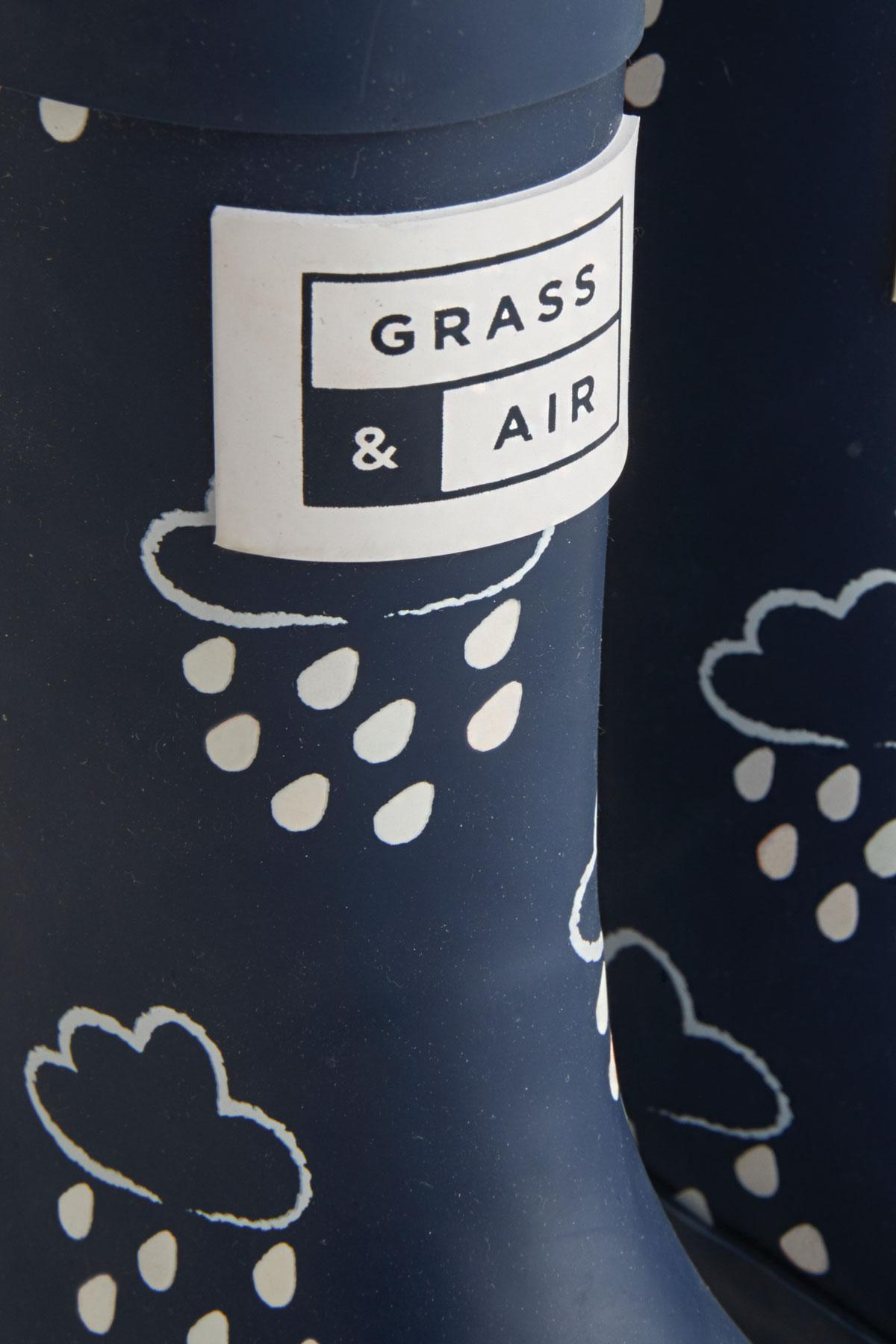kids navy colour-revealing wellies grass and air logo detail