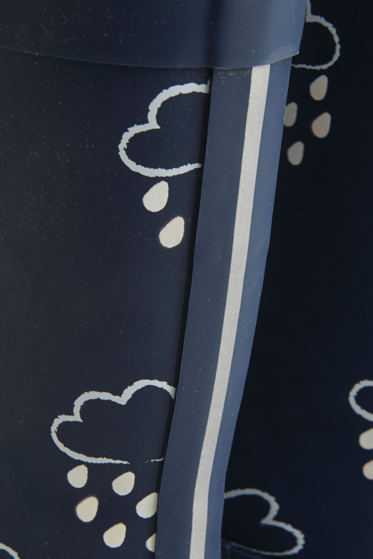 little kids navy colour-changing wellies silver stripe detail