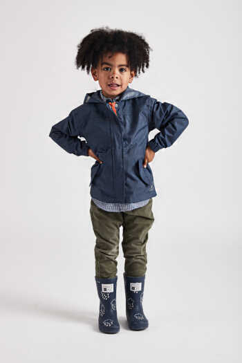 kids navy rain jacket lifestyle front view (1200x1800)