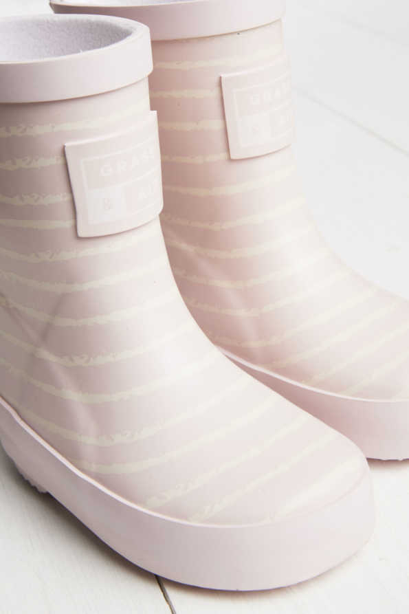 baby pink wellies